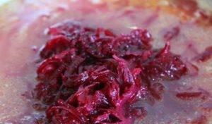 Борщ на квашеной капусте со свининой - 1