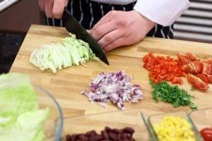 Мексиканский салат с курицей - 1