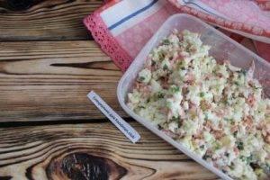 Блины, фаршированные отварным рисом с колбасой - 1