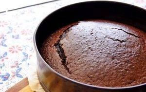 Шоколадный торт с безе - 0