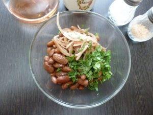 Турецкий салат из фасоли