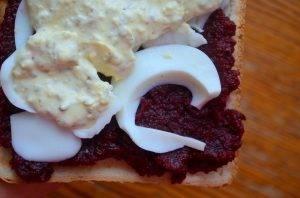 Салатный сэндвич со свеклой - 2