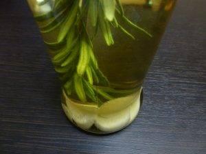 Ароматное масло с розмарином и чесноком - 2