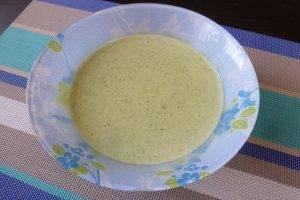 Шпинатные блины с припеком из яйца и зеленого лука - 1