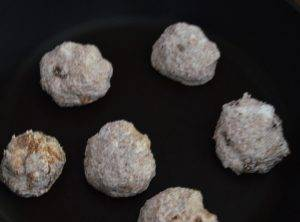 Сырники с отрубями и изюмом - 2