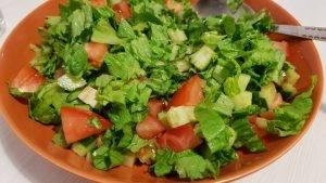 Салат в домашнем лаваше - 0