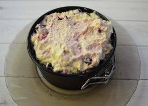 Творожный пирог с черной малиной - 2
