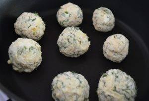 Сырники с укропом и сыром - 2