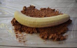 Шоколадно-творожный десерт с бананом - 2