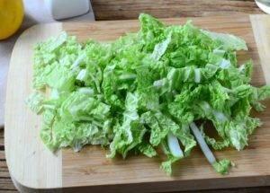 Салат из пекинской капусты и помидоров - 0