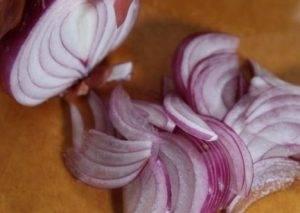 Капустный салат с редькой и шалфеем - 1