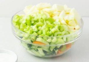 Салат из сельдерея для похудения - 1