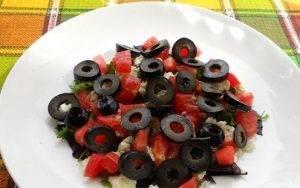 Овощной салат с сырыми шампиньонами - 2