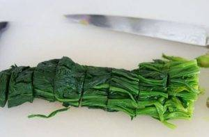 Японский салат из шпината - 1