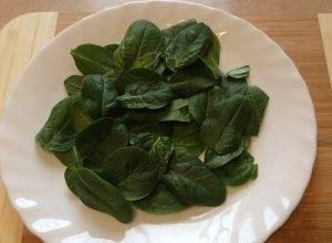 Салат из свеклы с яблоками и шпинатом - 0