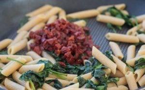 Паста с лососем и шпинатом - 1