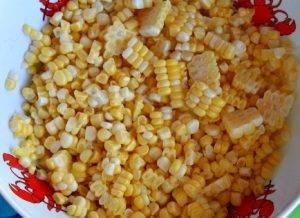 Салат из кукурузы, цукини и помидоров - 0