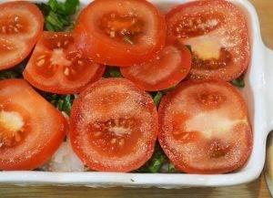 Рыба в духовке со шпинатом и помидорами - 3