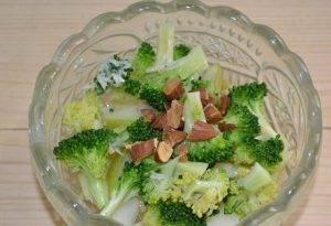 Салат с капустой и грушей - 3