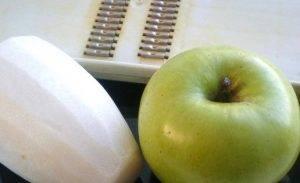 Салат из редьки с яблоком - 0