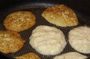 Блинчики из кабачков и картошки - 2
