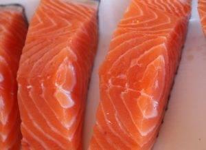 Красная рыба в сливочном соусе в духовке - 0