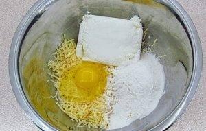 Творожно-сырные палочки во фритюре - 1