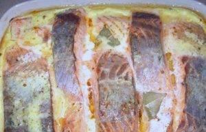 Красная рыба в сливочном соусе в духовке - 1
