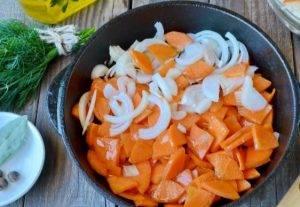 Суп с квашеной капустой и курицей - 0