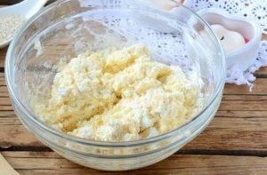 Творожные бублики с сыром - 0