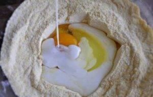 Сырные маффины с кукурузной мукой - 0