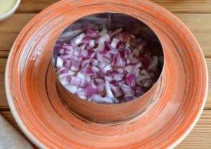 Слоеный салат с редькой - 1