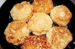 Сырники с манкой и кокосовой стружкой - 2