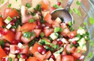 Диетический салат с гранатом и сыром - 2