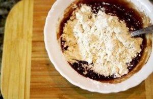 Шоколадные маффины с жидкой начинкой - 2