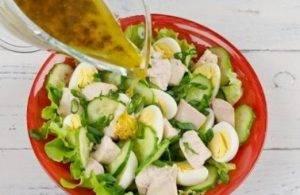 Салат из печени трески с лимонной заправкой - 1