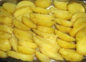 Картошка в сырном соусе - 0