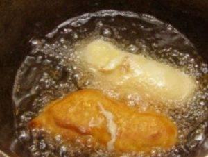 Сосиски в кляре на сковороде - 2