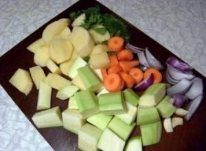 Куриные котлетки с овощами - 0
