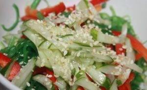 Салат из водорослей чука - 1
