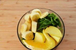 Детокс-смузи из шпината и фруктов - 0