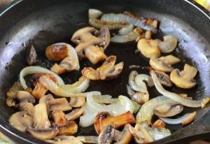 Гречка с грибами и помидорами - 0