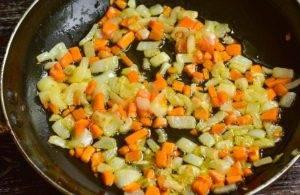 Гречневый суп с сосисками - 1