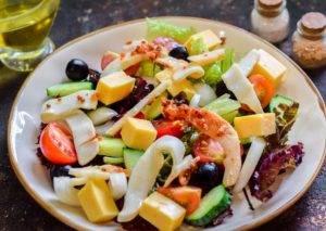 Греческий салат с кальмарами - 2