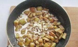 Баклажаны в сливочном соусе - 1