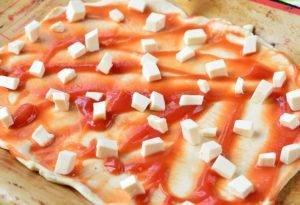 Пицца с баклажанами и кабачками - 1