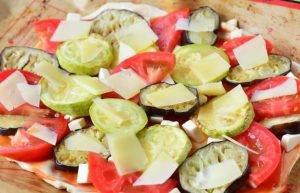 Пицца с баклажанами и кабачками - 2