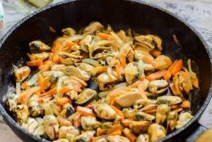 Мидии в сливочно-горчичном соусе - 0