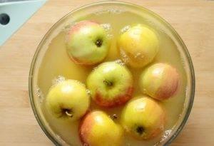 Моченые яблоки с медом и горчицей - 1