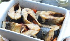 Сельдь в духовке с овощами - 2